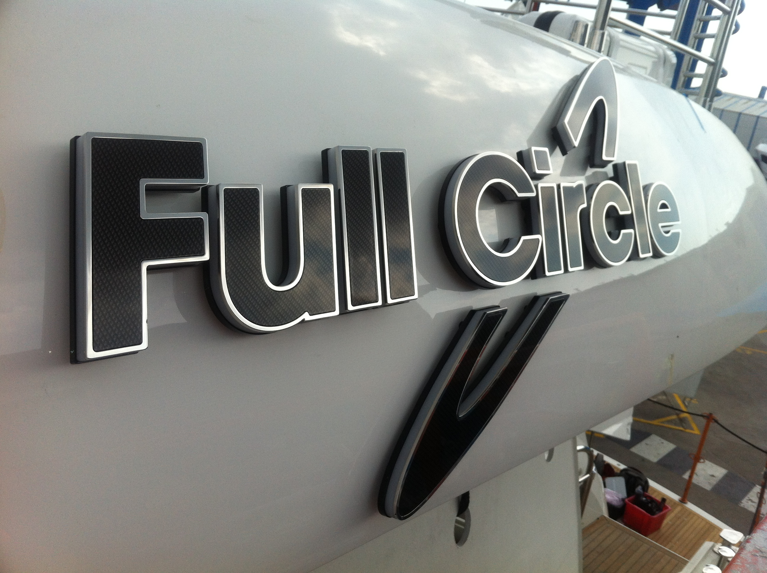 Full Circle Yacht Sign - Finish and Material Combinatons
